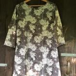 tunica cotone bio tintura vegetale fiori neti fronte